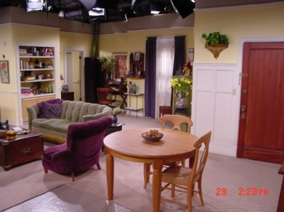 Phoebes-apartment-on-the-TV-show-Friends